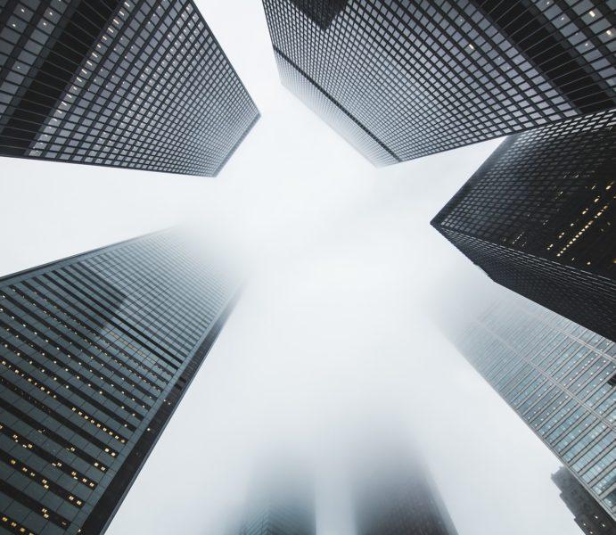 skyscrapers-1081737_1920